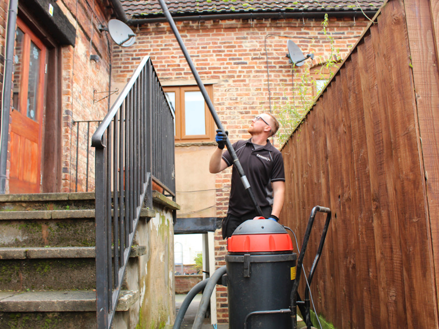 gutter clearance, blocked gutters,